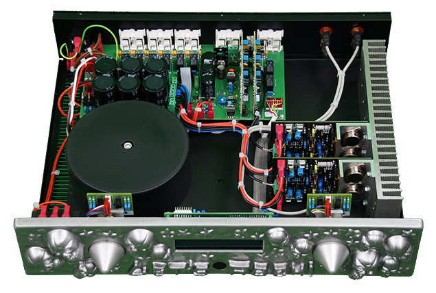 AARON LET'S ROCK! inside look ® High End Stereo integrated amplifier