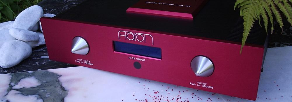 AARON No.22 Cineast. Der High End Stereo- und Mehrkanal-Vorverstärker. Sonderausführung audiorossa rot.